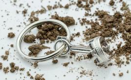 Piston-Key